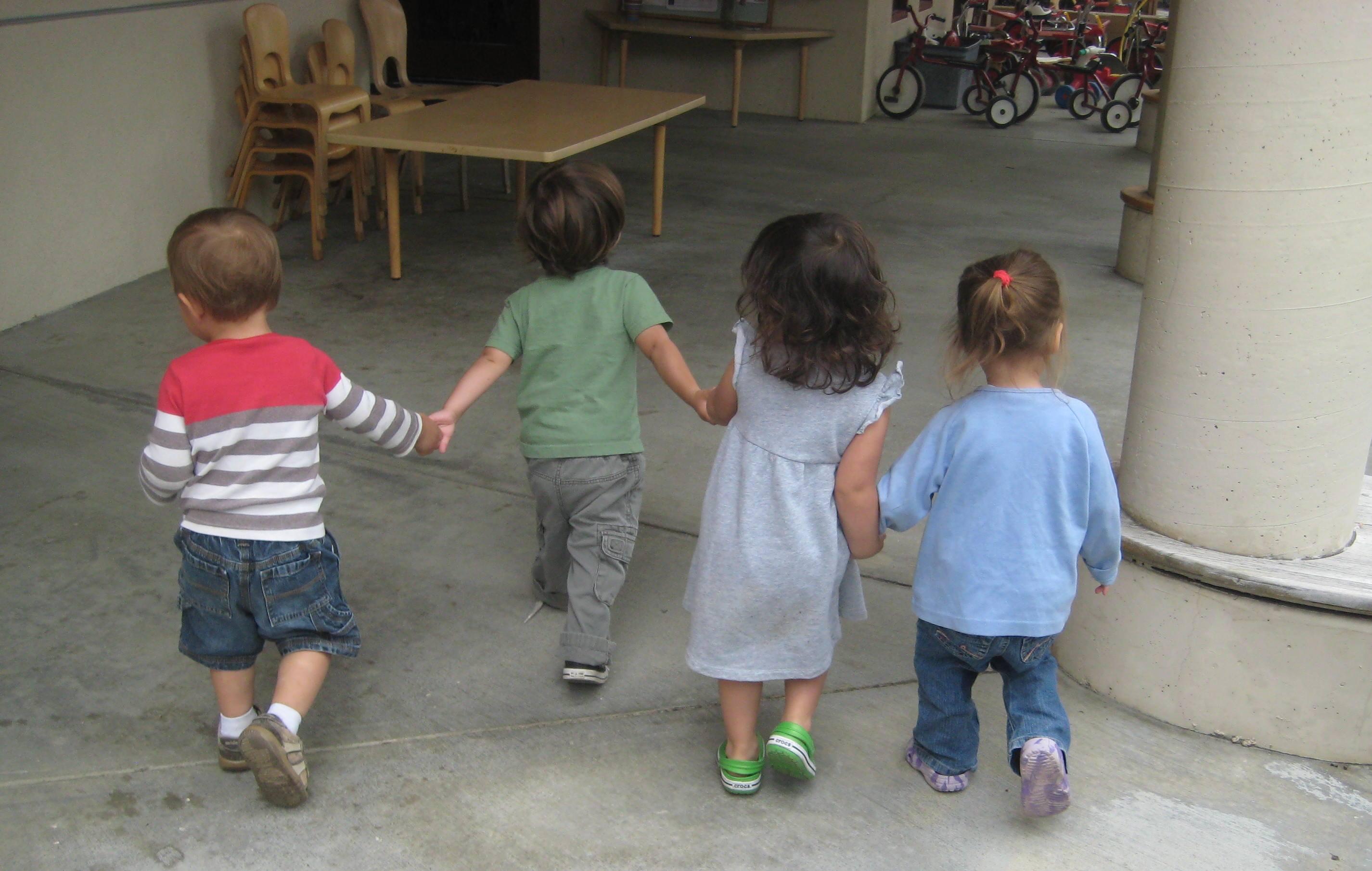 Kids walking1